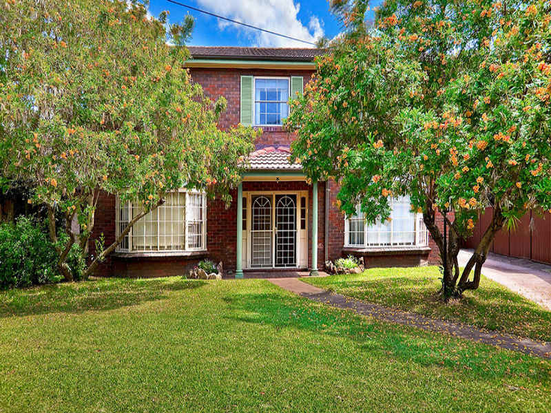 9 Summit Place, Strathfield