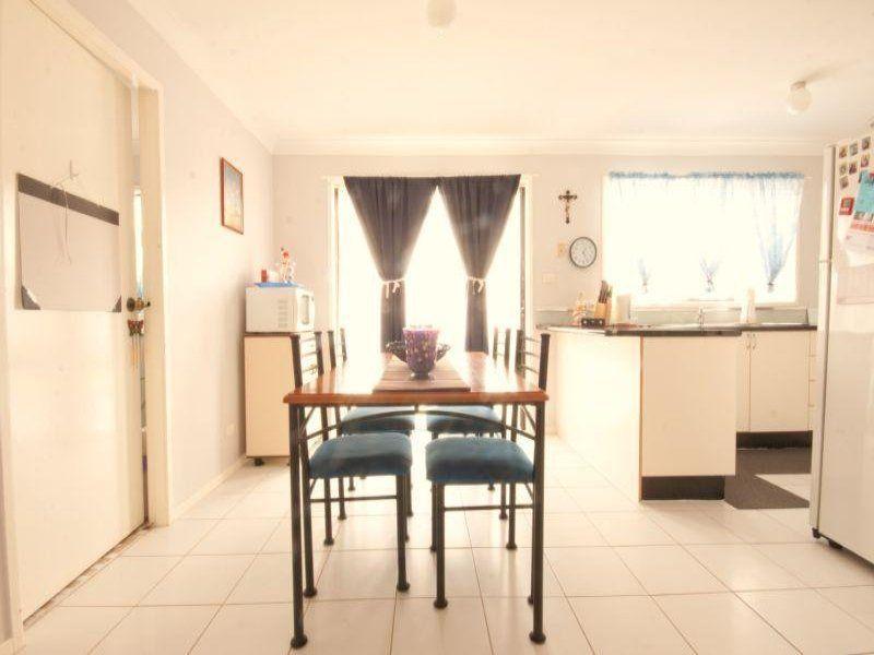 25 Simpson Terrace, Singleton