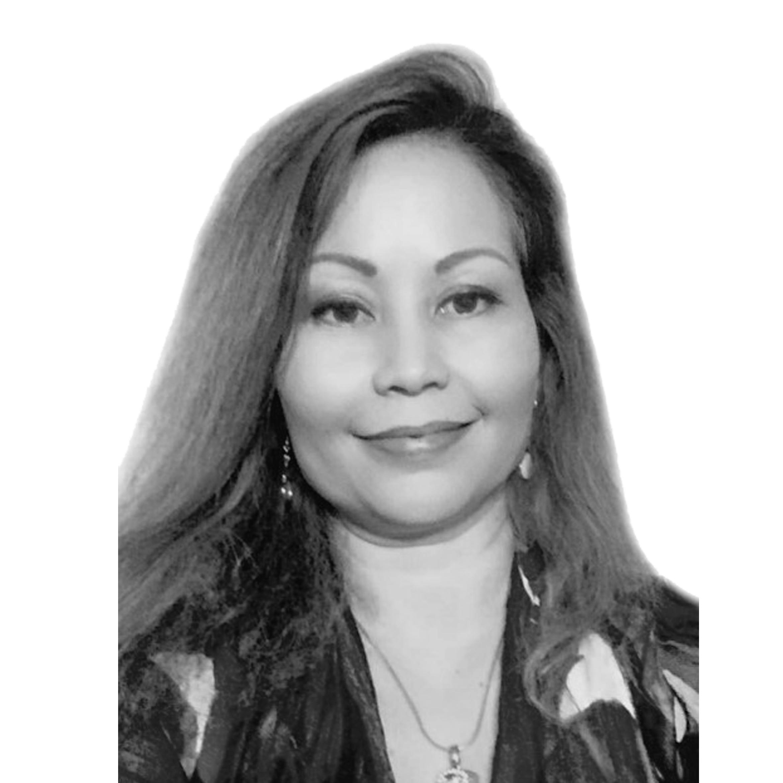 Flora Mercer Real Estate Agent