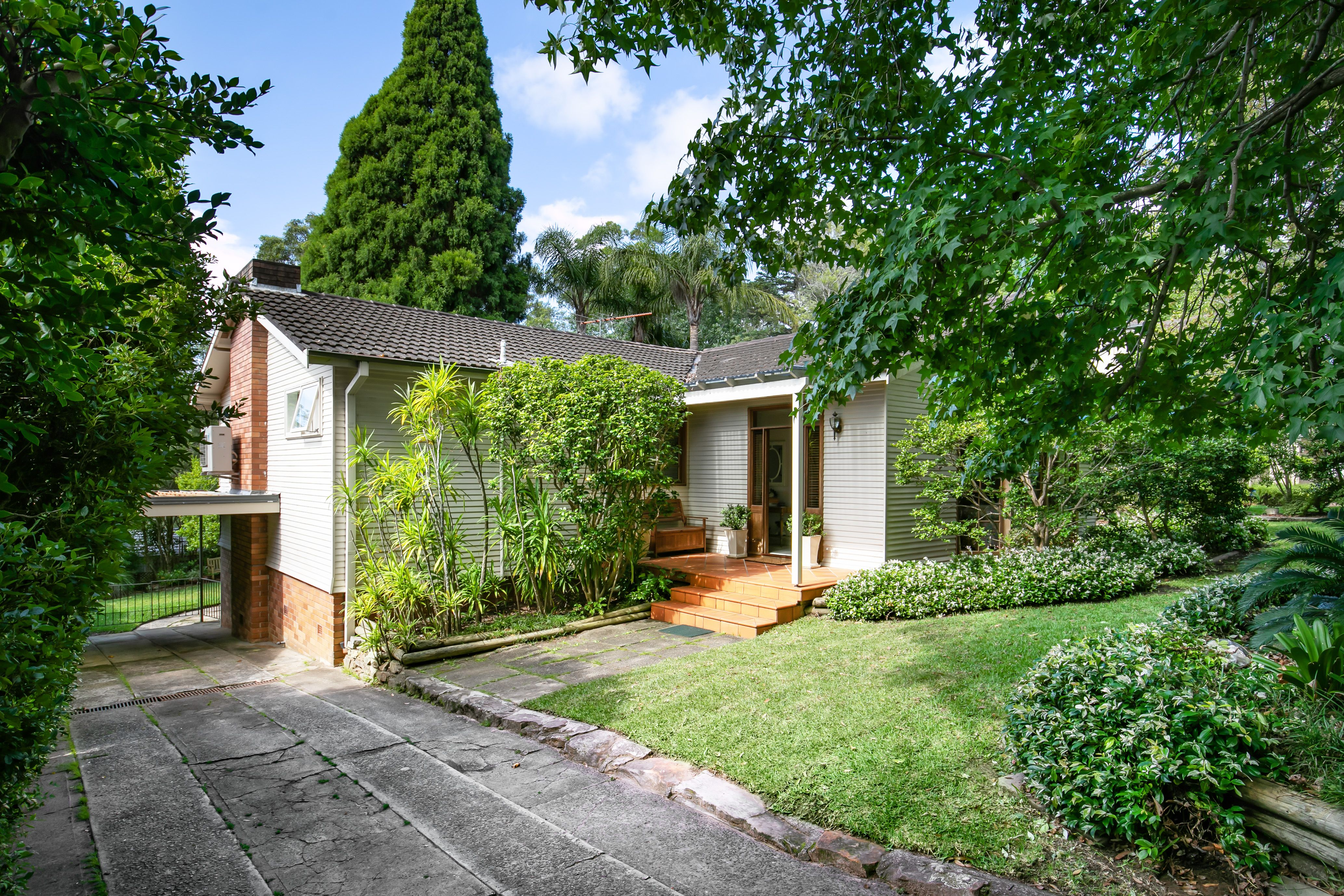 66 Warrimoo Avenue St Ives 2075