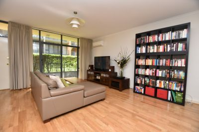 CityGate - Stunning 2 Bedroom Apartment in CBD!