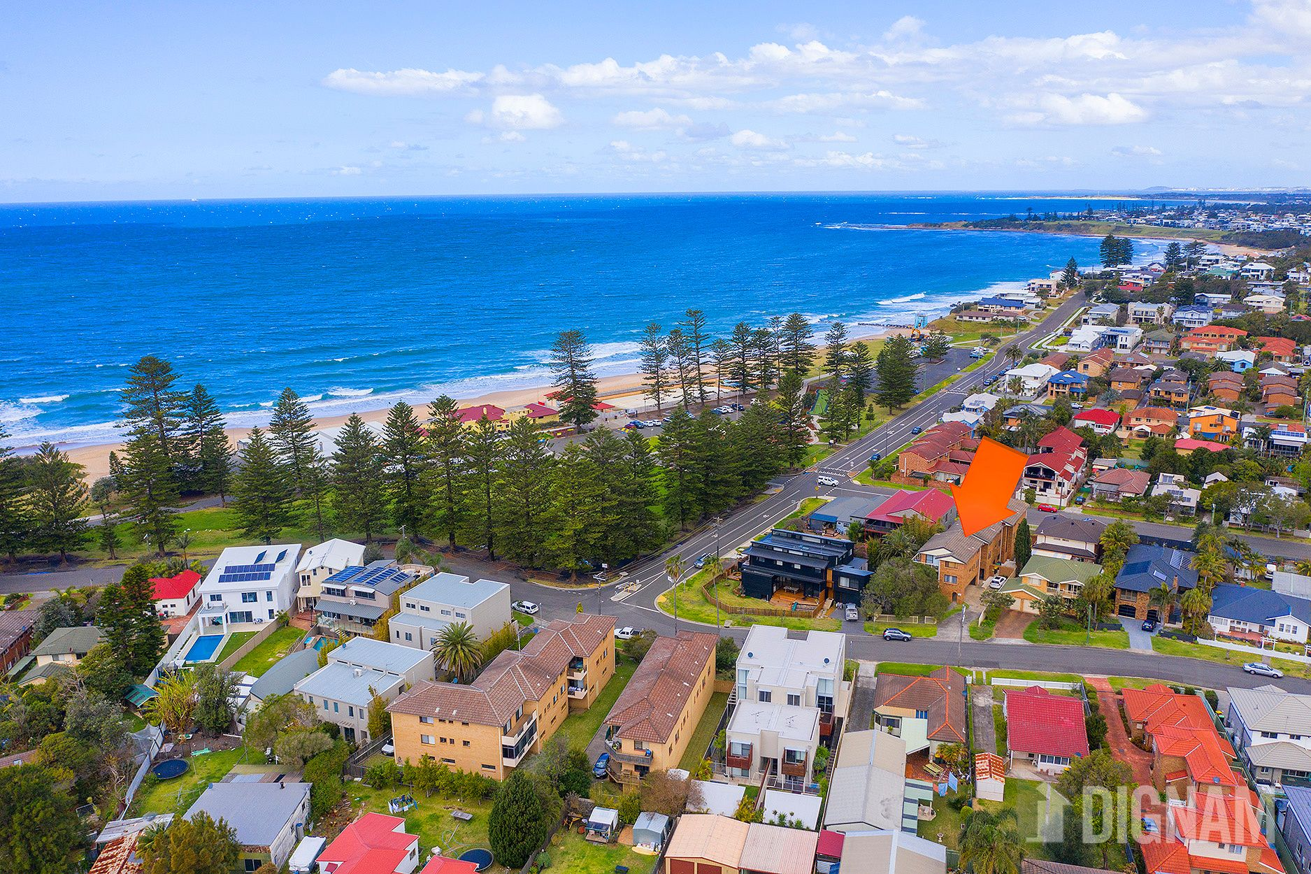 2/10 The Esplanade, Thirroul NSW