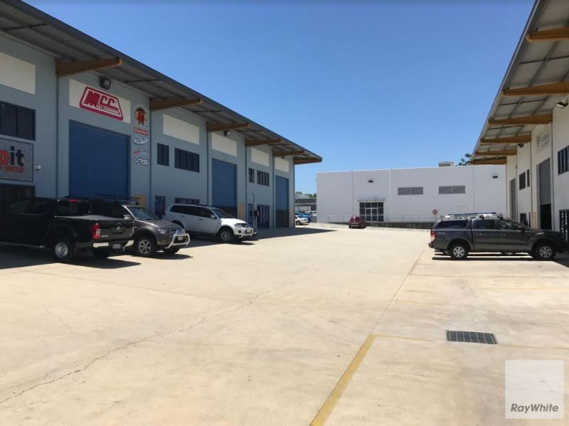 Industrial Warehouse Opportunity Located in Rothwell CBD