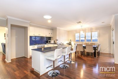 Invest or Live in This Innisfail Beauty