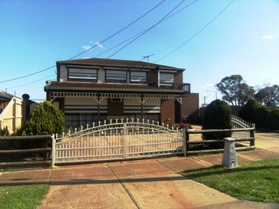 Double storey delight with a flexible floorplan ideal for the growing family!