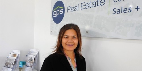 Sonita Zainal Real Estate Agent