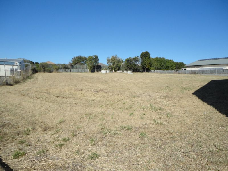 Price Reduced - 3,750m2 On 2 Titles