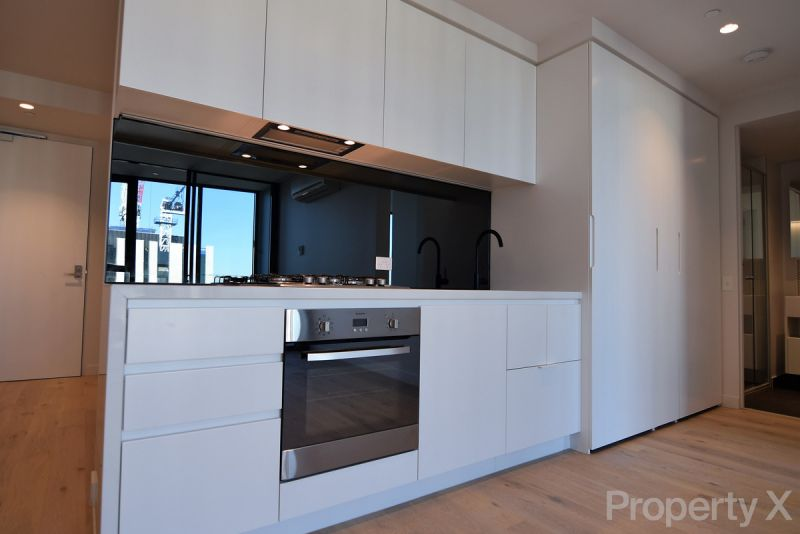 PRIVATE INSPECTION AVAILABLE - One Bedroom Apartment on level 61!