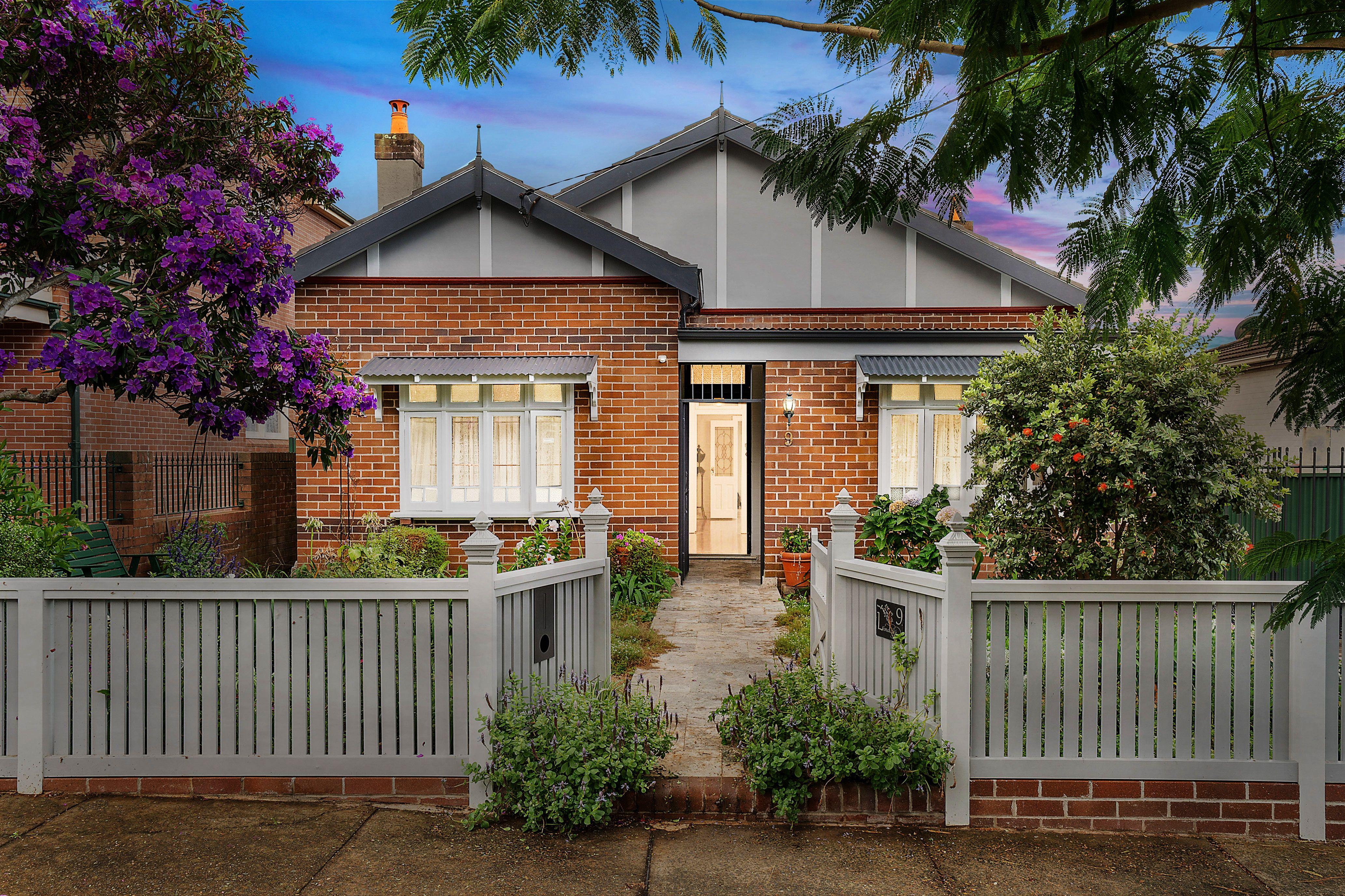 9 Lindsay Street, Burwood NSW 2134