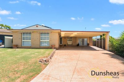 4 Yule Place, Glenfield, NSW