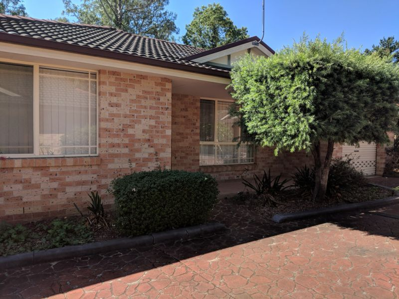 2 Minute Walk to Ingleburn Train Station