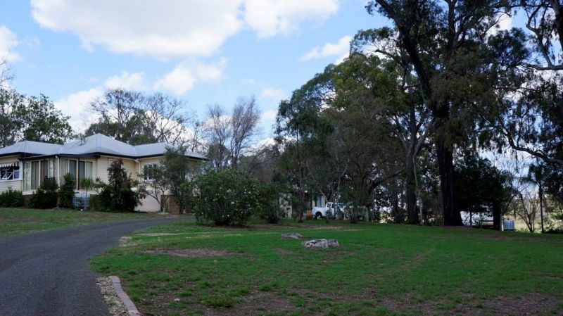 For Sale By Owner: Regency Downs, QLD 4341