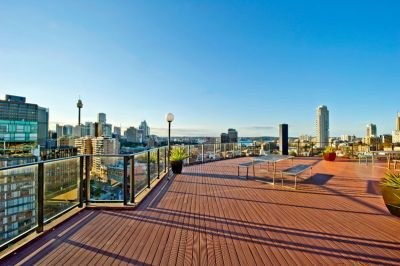 Excellent City Pad With Extensive Outlook, Quality Lifestyle & Cool Cosmopolitan Location