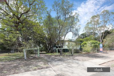 1/2 ACRE, 3 BED HOME PLUS SHED - OWNERS MOTIVATED!