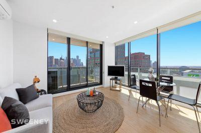 Stunning Modern Apartment In Optus Tower