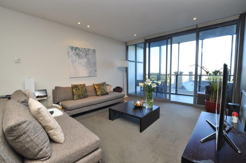 Grosvenor: Stunning Two Bedroom, Two Bathroom Apartment!
