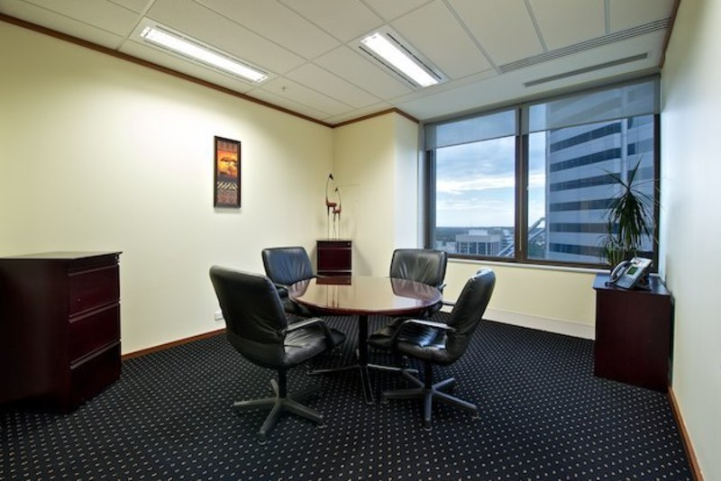 PRIME OFFICES SUITES - BEST LOCATION CLOSE TO PARKS AND ENTERTAINMENT VENUES WITH EXCLUSIVE VIEWS