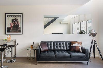 Spacious Modern Apartment In Heart Of Bondi Beach