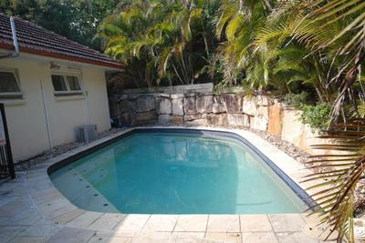 3 BEDROOMS + POOL IN A FABULOUS LOCATION