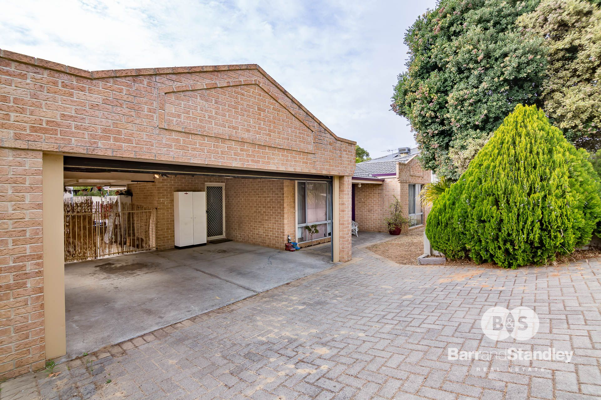 9 Christchurch Place, College Grove