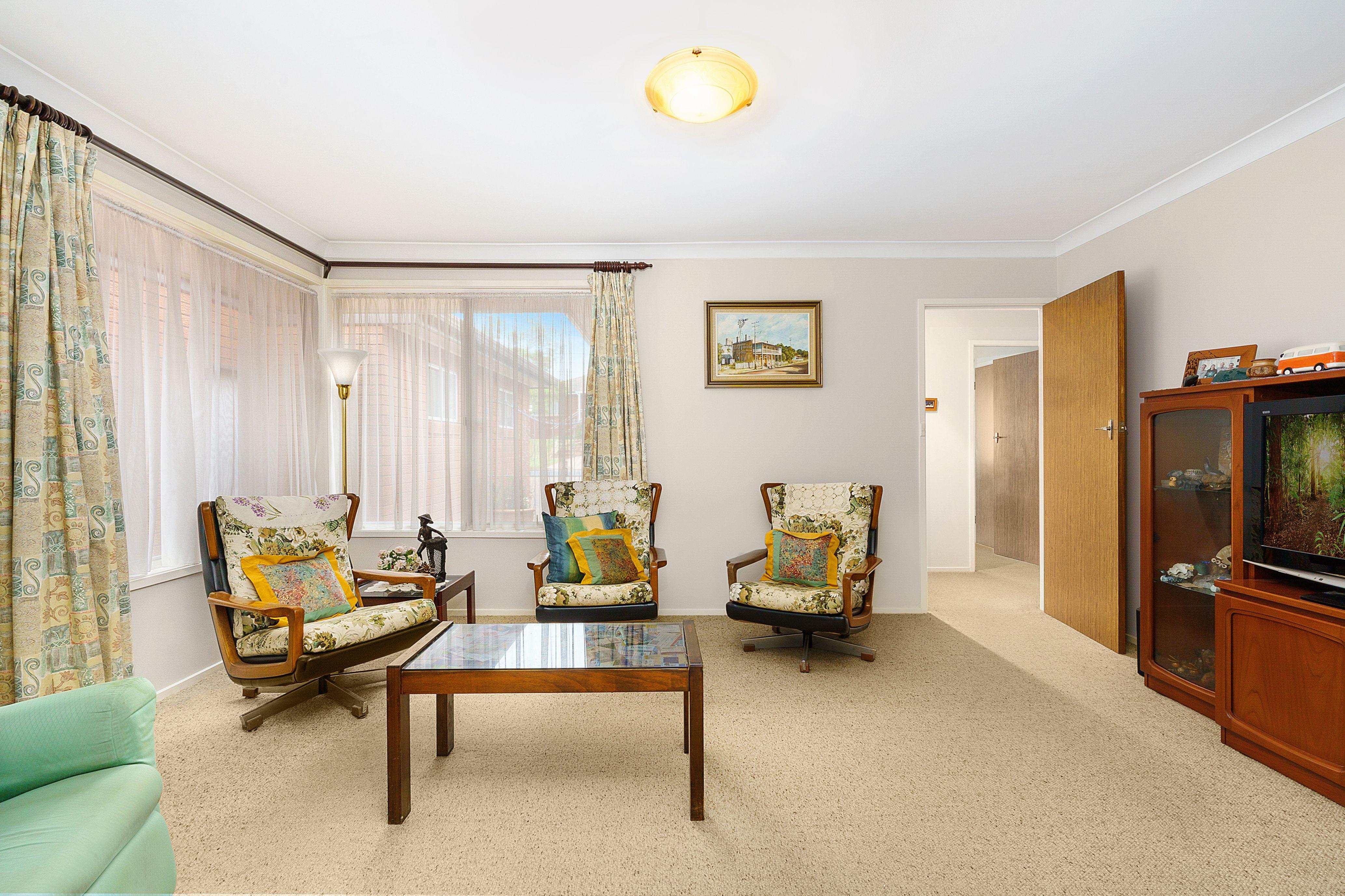 78 Jacaranda Drive, Georges Hall NSW 2198