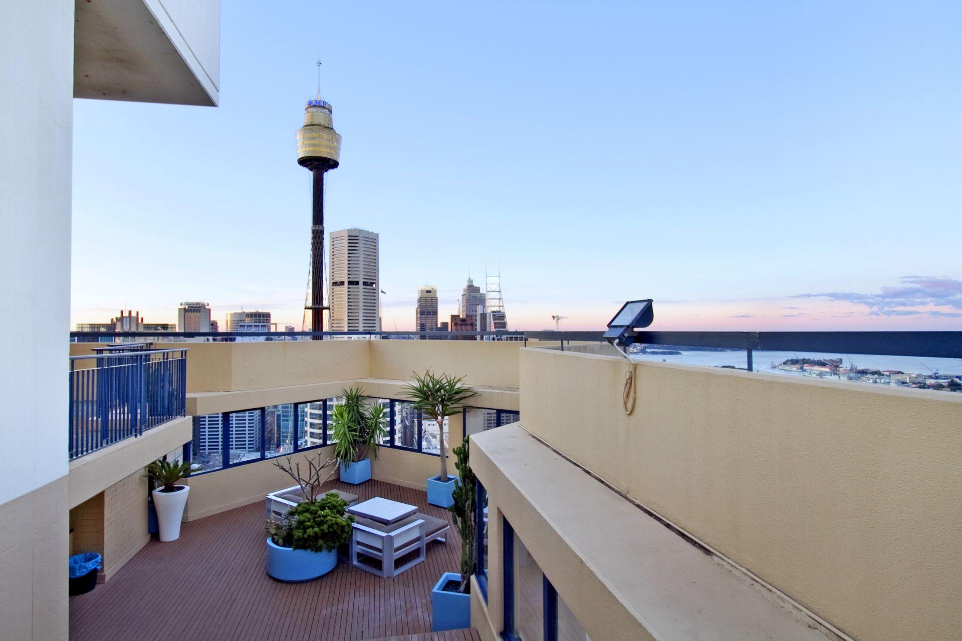 402/27 Park Street, Sydney