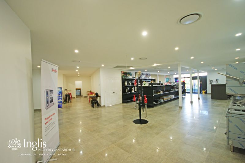 400SQM APPROX. OF BEAUTIFULLY PRESENTED SHOWROOM/OFFICE AVAILABLE!