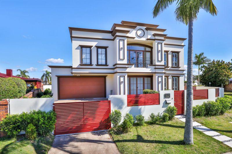 BUNDALL, QLD 4217
