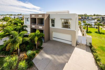 As New, 38sq North-Facing Waterfront Home Packed with Features!