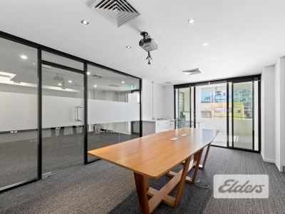 FUNCTIONAL OFFICE OPPORTUNITY IN HEART OF NEWSTEAD!