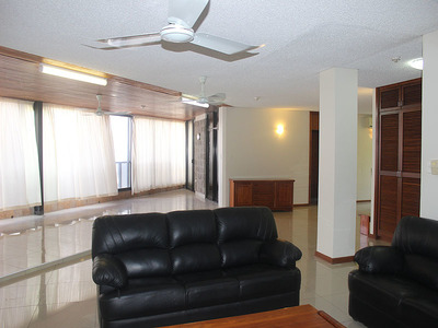 Penthouse Apartment - Sensational Coral Sea Views- U20