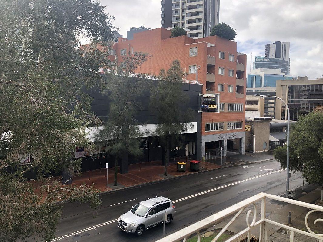 1/41 Campbell Street, Parramatta