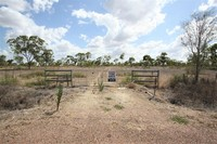 20 ACRES - TOWN WATER - BORE