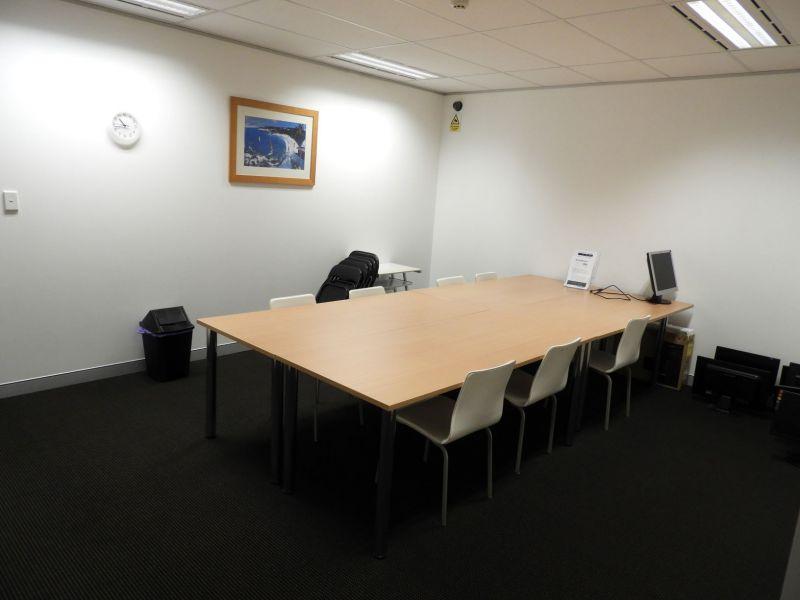 OPEN PLAN OFFICE IN GREAT LOCATION