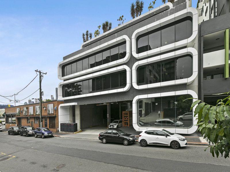 4 Kyabra Street, Newstead