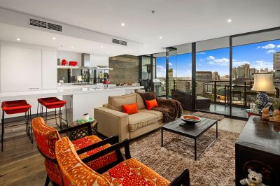 Prime Docklands Living with Unforgettable Views