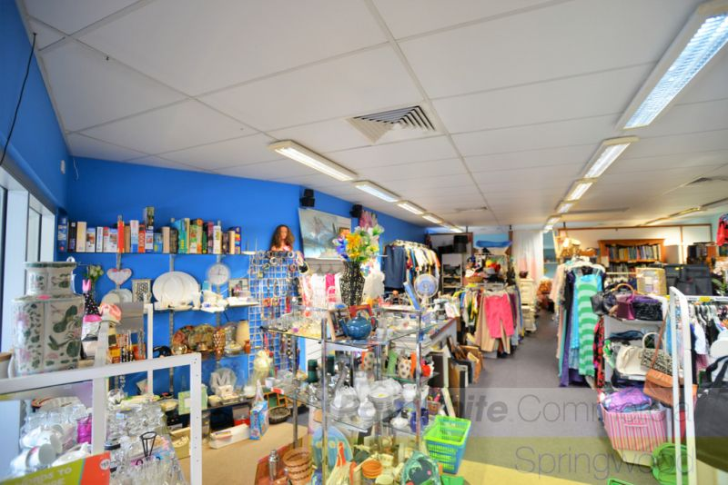 Retail / Office - 94sqm* Located In Busy Centre