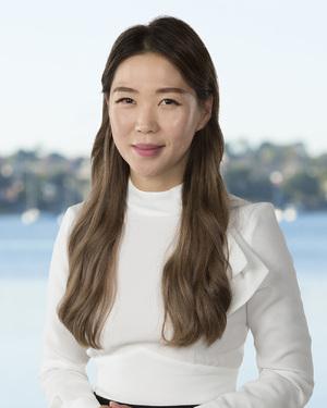 Hanna Kim Real Estate Agent