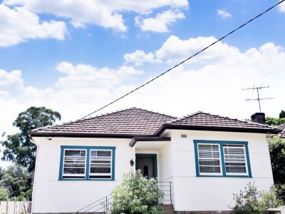 Good sized home is situated in Epping