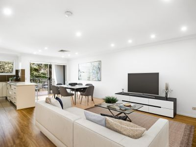 Unique Oversized 2 Bedroom Split Level Apartment with Double Parking in the Heart of Botany