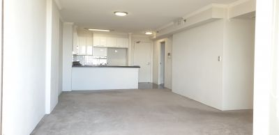 Ultra Convenient, 2 bedroom modern apartment!!