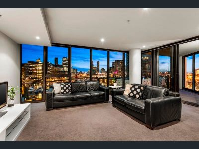 Exquisite Yarra Point Treasure Has It All!