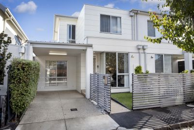 Stylish townhome, perfectly positioned and with so much space!