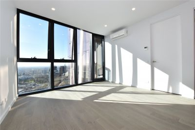 Avant: 48th Floor - Brand New Two Bedroom Apartment with Breathtaking Views!