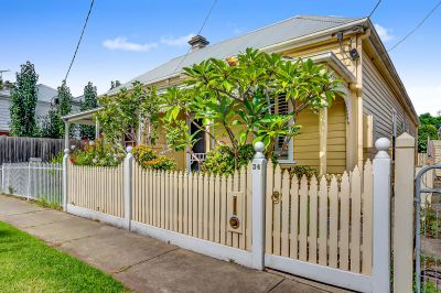 Delightful Victorian cottage in a magnificent central location