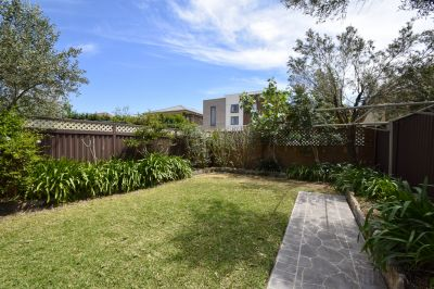 IMMACULATE HOME - READY TO MOVE IN