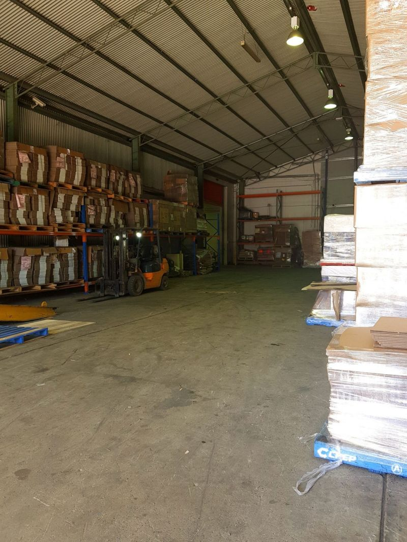 Large Warehouse with office space, cool rooms & blast freezers