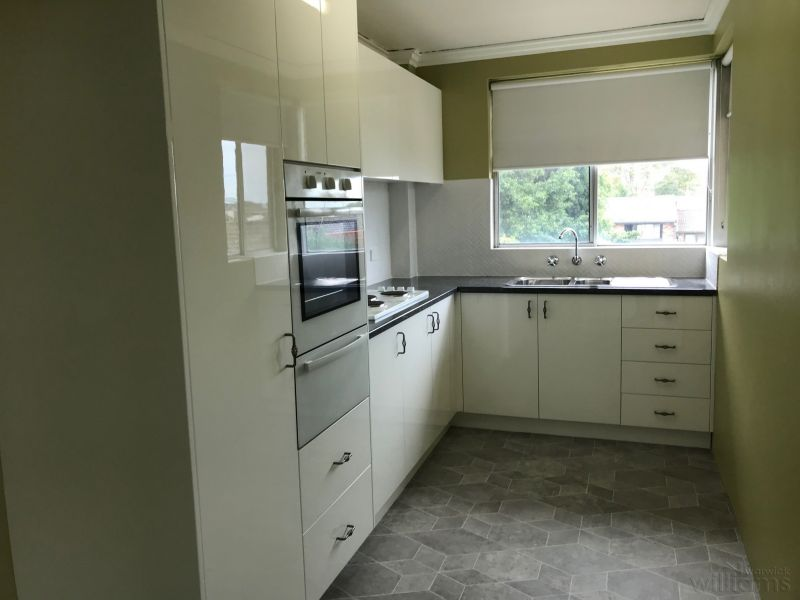 HUGE UPDATED TWO BEDDER WITH VIEWS