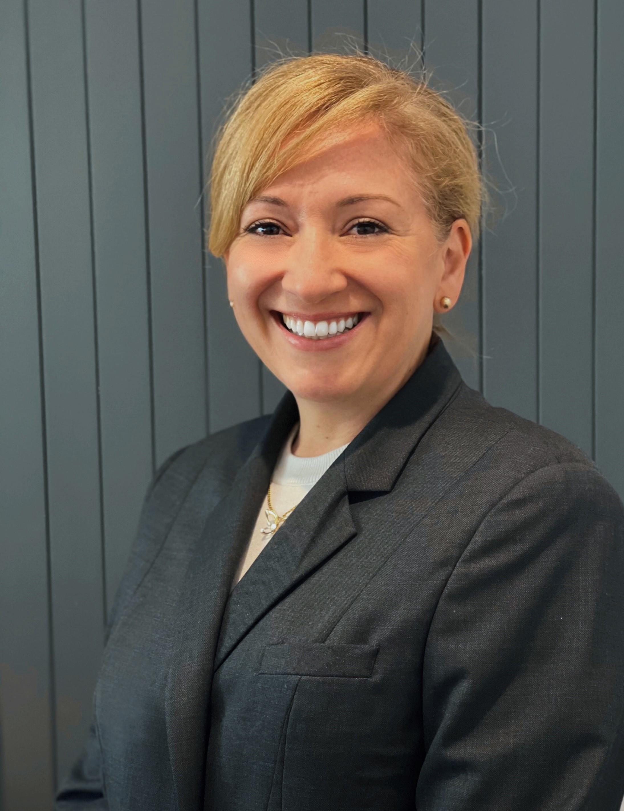 Sara Graupner Real Estate Agent