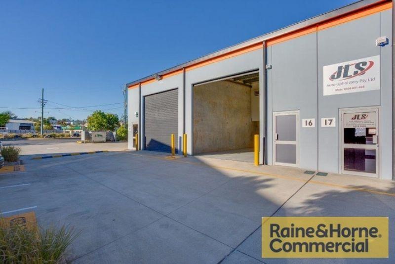 Affordable & Accessible Tilt Panel Warehouse